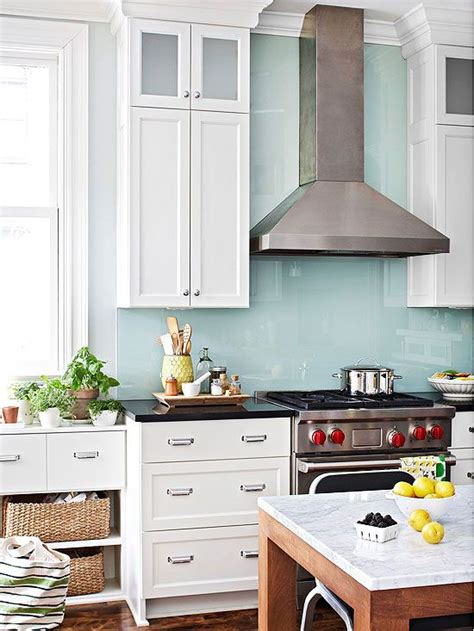 easy to clean kitchen backsplash 1000 ideas about back painted glass on pinterest