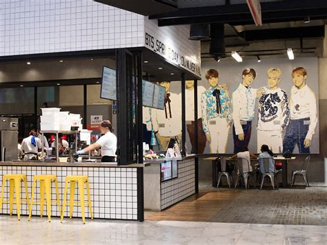 bts brick  cafe restaurants  huai khwang bangkok