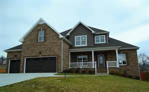 homes with 3 car garages in clarksville tn
