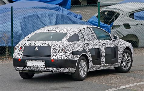 insignia opel 2017 spyshots 2017 opel insignia sedan spied up close has
