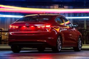 Hyundai Elantra Auto Trader 2017 Hyundai Elantra Vs 2016 Volkswagen Jetta Which Is