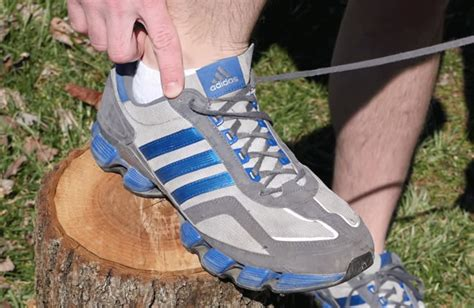 how to tie your shoes for running the way you tie your shoes could affect foot wtop