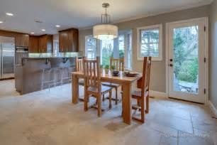 Dining Room Flooring Dining Room With Patterned Travertine Tile Floor