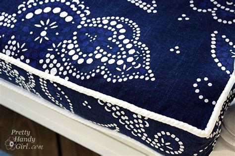 how to make a bench seat cushion cover piped bench cushion tutorial the csi project