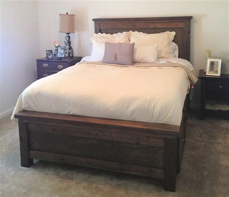 Farmhouse Bed by White Farmhouse Storage Bed Diy Projects