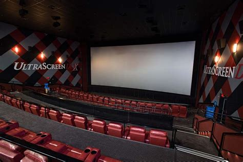 cinema 21 head office marcus theatres buys 14 wehrenberg assets across 4 states