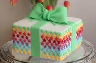 Birthday Present Cake Goodtoknow