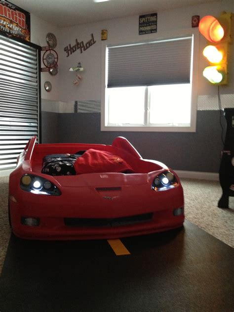 boys car themed bedroom 33 best images about dean s corvette car room on pinterest