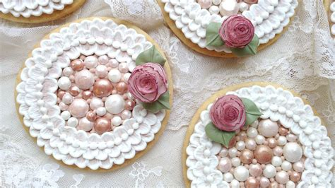 how to decorate cookies how to decorate cookies with royal icing