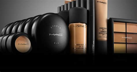 imagenes de mac makeup 10 off mac cosmetics this black friday 2017 here s what