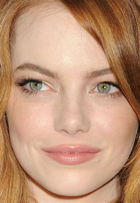 emma stone close up emmanuelle chriqui s rose gold eyeshadow and more of the