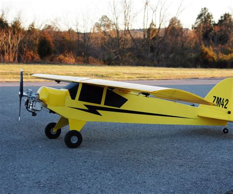 Foot Step Model Wing 8 ft wingspan coroplast rc piper cub flown by 25cc