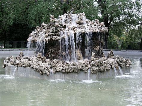 stock de fotos de retiro fuente de parque alcachofa madrid madrid csp8003594 buscar 20 de los monumentos retiro en el 6 de plaza de espa 241 a