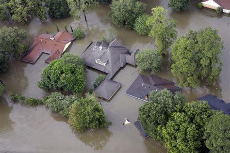 Birds eye view of flooded Houston captures Harvey?s
