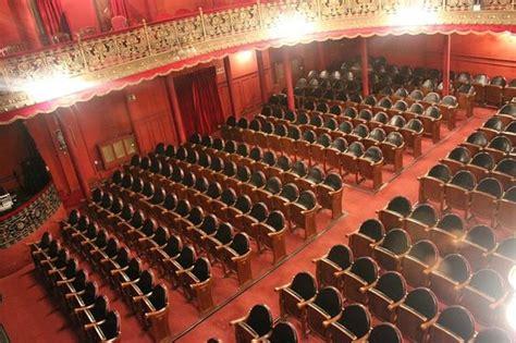 laras patio interior patio de butacas fotograf 237 a de teatro lara madrid