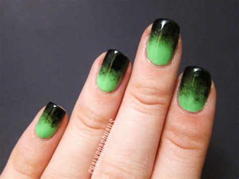 festive green gradient chalkboard nails nail