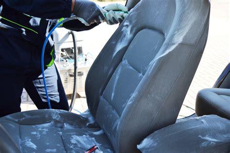 igienizzazione interni auto autolavaggio claudio da trent anni ci prendiamo cura