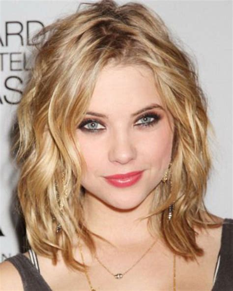growing hair to midlenght 20 short shoulder length haircuts short hairstyles