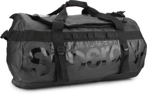Superdry Original Syg164 7 superdry 26 inch 68 cm travel duffel bag black price in india flipkart