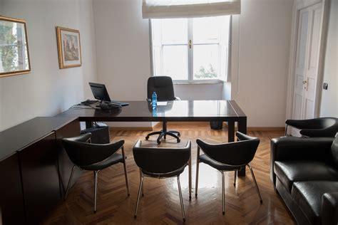 ufficio abbonamenti abbonamento per ufficio o sala riunione a roma 8 persone