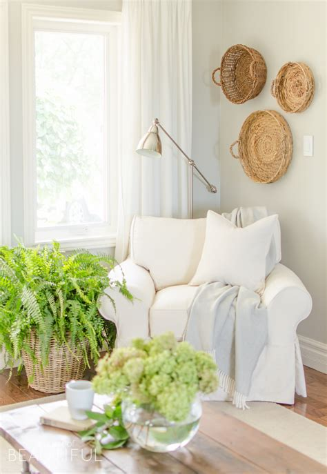 White Slipcovered Sofa by Why We Chose A White Slipcovered Sofa A Burst Of Beautiful