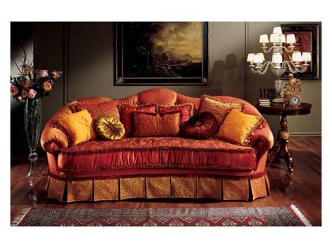 Halbrundes Sofa Im Klassischen Stil by Klassischen Stil Sofa Idfdesign