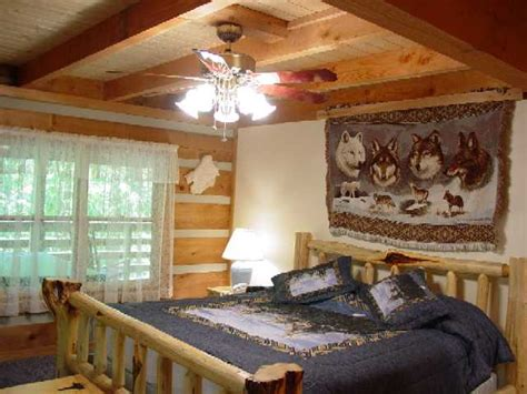 wolf bedroom wolf creek vacation rental cabin at fall creek cabins near