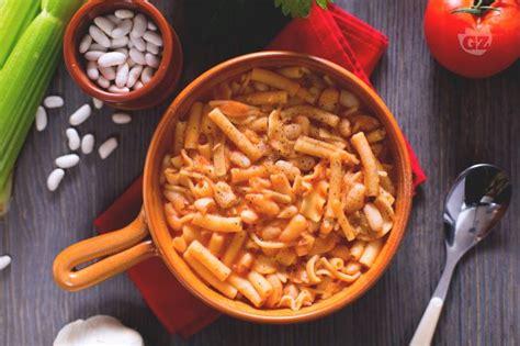 cucina napoletana primi piatti ricetta pasta e fagioli alla napoletana la ricetta di