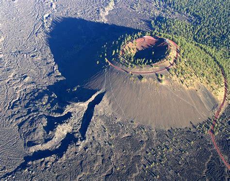 how safe are lava ls lava butte volcano
