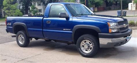 how to work on cars 2004 chevrolet silverado 1500 electronic valve timing buy used 2004 chevy silverado 2500 hd 4x4 regular cab work truck in minneapolis minnesota