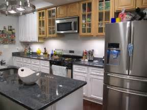 grey cabinets in kitchen gray kitchen cabinets with black glaze quicua com