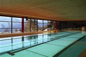 hotel sächsische schweiz mit schwimmbad piscine couverte panoramique beatenberg interlaken