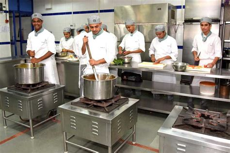 Kitchen Manager Course Anjuman I Islam S Institute Of Hotel Management Catering