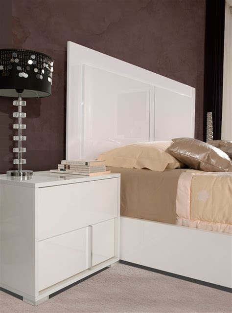 gloss white bedroom furniture alle white gloss modern bedroom set modern bedroom furniture