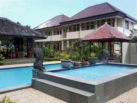Villa Nawar Puncak Indonesia Asia taman teratai hotel cisarua puncak indonesia great