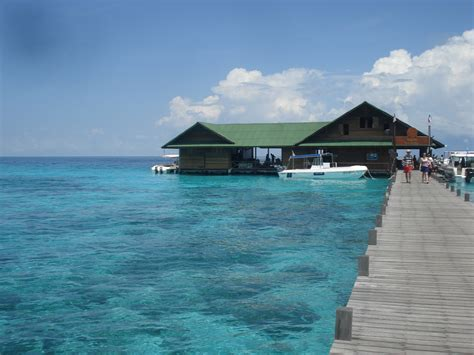 lankayan dive resort lankayan island dive resort borneo packages