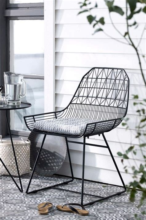 black outdoor lounge chairs bend farmhouse lounge chair farmhouse chairs black