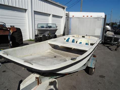 carolina skiff boat seats 1995 carolina skiff j12 12 fiberglass skiff seats w