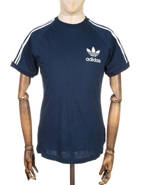 Tshirt Adidas Reutro Navy adidas originals california retro t shirt navy adidas