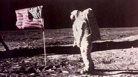 neil armstrong moon landing biography conspiracy theorist convinces neil armstrong moon landing
