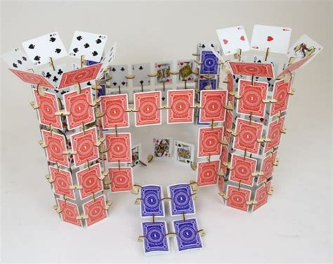 how to build a house of cards infinite fun with skallops and a deck of cards getdatgadget