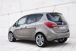 Opel Mariva 2011 Opel Meriva Features Reviews Photos