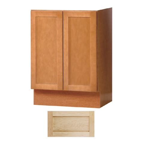 Insignia Vanities by Shop Insignia Crest Maple Transitional Bathroom