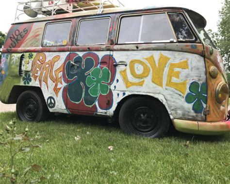 volkswagen hippie front 1966 volkswagen hippie vw vanagon lots of patina