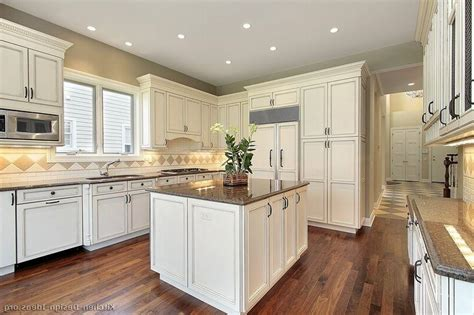 photos of kitchens with white cabinets