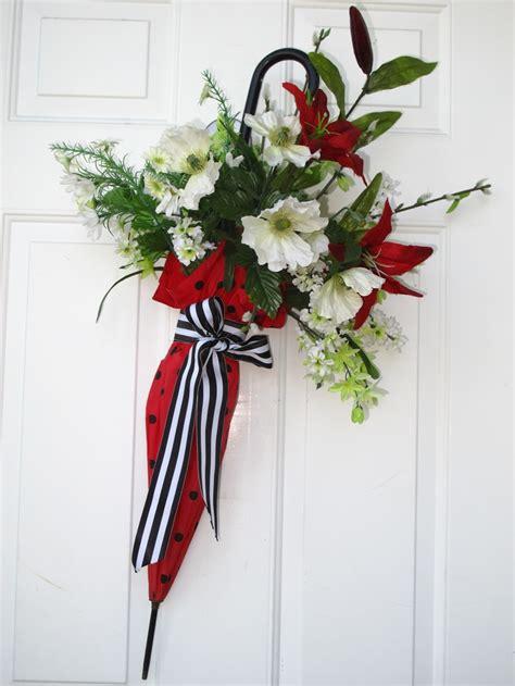 Umbrella Door Decoration by Top 25 Best Umbrella Wreath Ideas On Diy