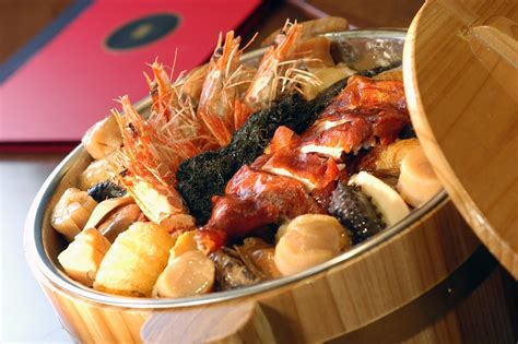 cheap new year reunion dinner from budget to luxe 6 pencai to order for reunion dinner