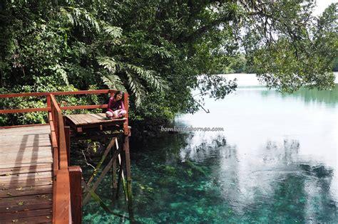 meromictic lake danau labuan cermin borneo hidden