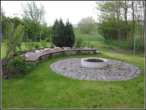 Feuerstelle Im Garten by Feuerstelle Garten Anlegen Garten Hause Dekoration