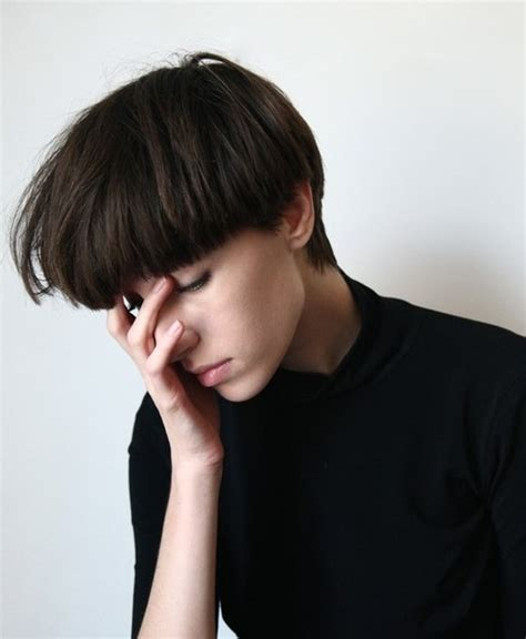 blunt pixie haircut 30 chic pixie haircuts easy hairstyle popular